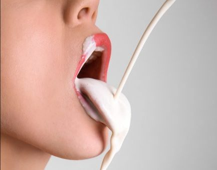 ihre brust in meinen mund