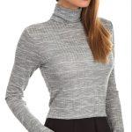 Es macht mich geil, wenn sie einen Pullover trägt, wo ihre Brüste keck hervorstehen