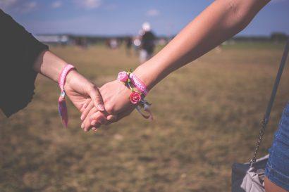 Ist meine Partnerin lesbisch? Sie schläft mit einer anderen Frau