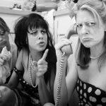 Drei Frauen rächen sich an ihrem gemeinsamen Liebhaber
