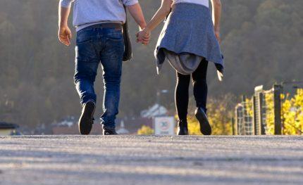 38-Jähriger liebt 18-Jährige: Kann diese Beziehung überhaupt klappen?