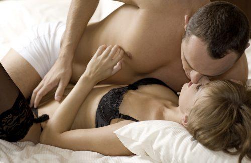 Befriedigung der Frau: Wie erregt und befriedigt man eine Frau mit der Hand?