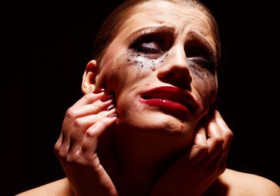 Drama-Queen: In jeder Beziehung inszeniere ich Dramen – warum?