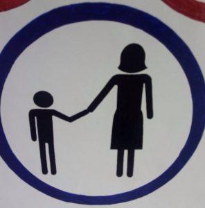 Schild Frau mit Kind