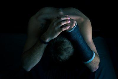 Erst vergewaltigte er sie fast, dann verfiel er in eine üble Depression